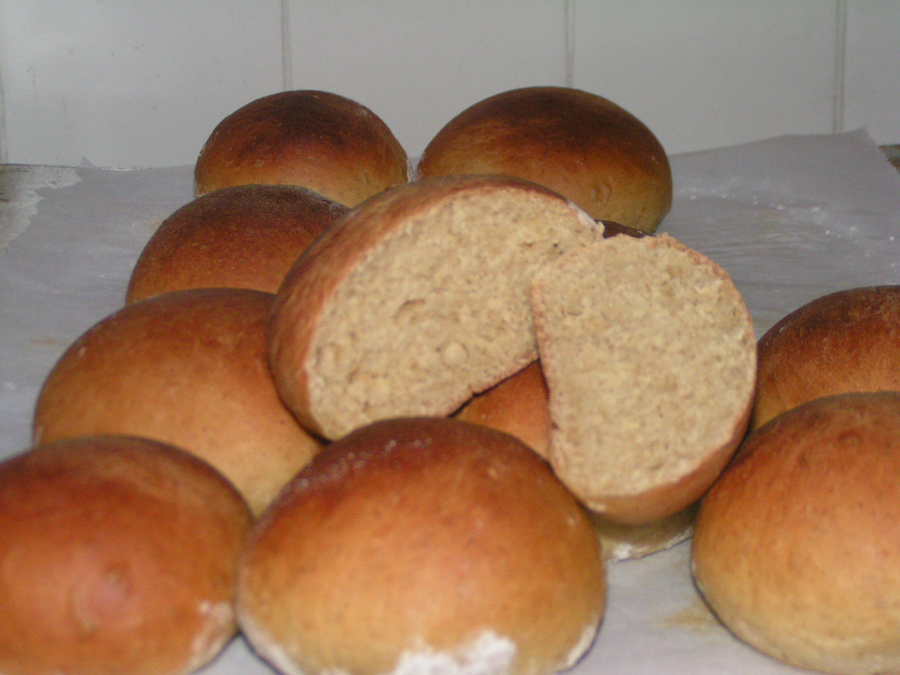 sourdough oatmeal rolls